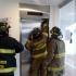 ¿Qué debo hacer si me quedo encerrado en un ascensor?